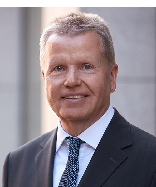 Dr. Bernd Hoppe